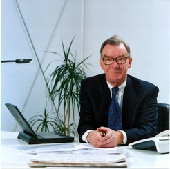 <p>Reimar Lüst will receive the first honorary directorate of the Jacobs University Bremen</p>