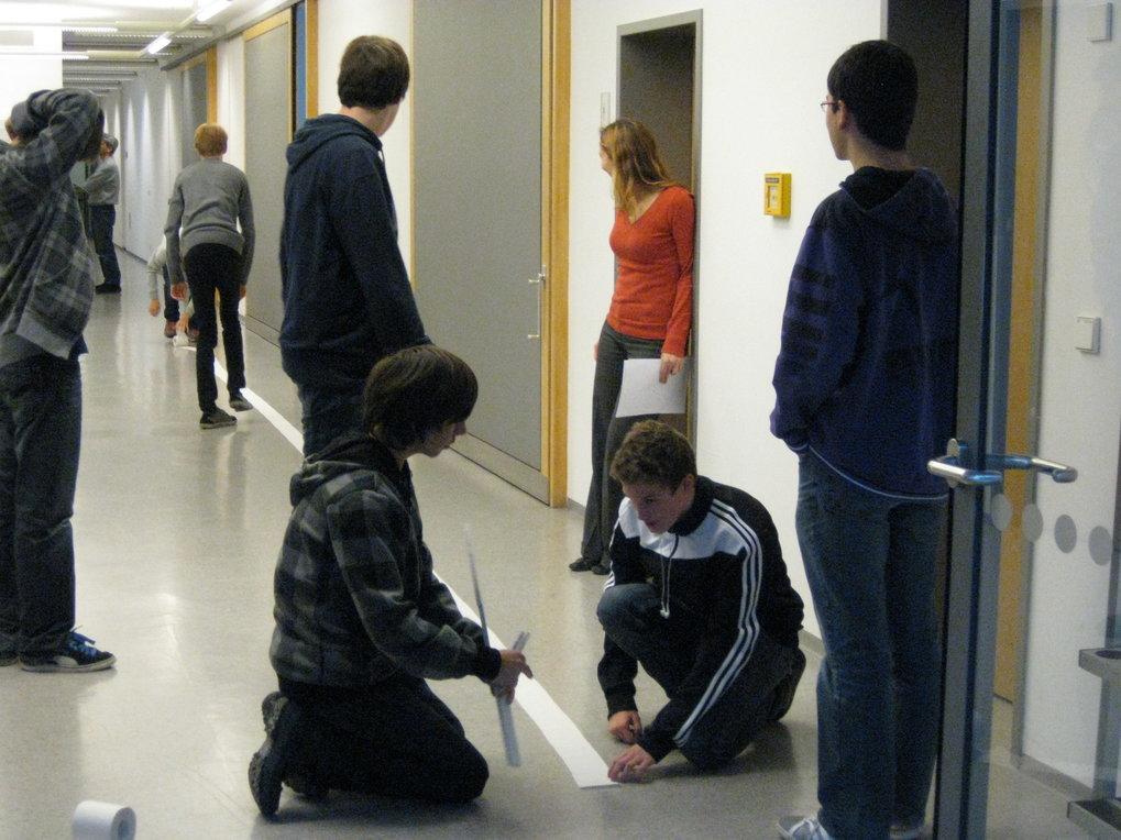 A scale model of the solar system on toilet paper - the students calculated and measured eagerly.