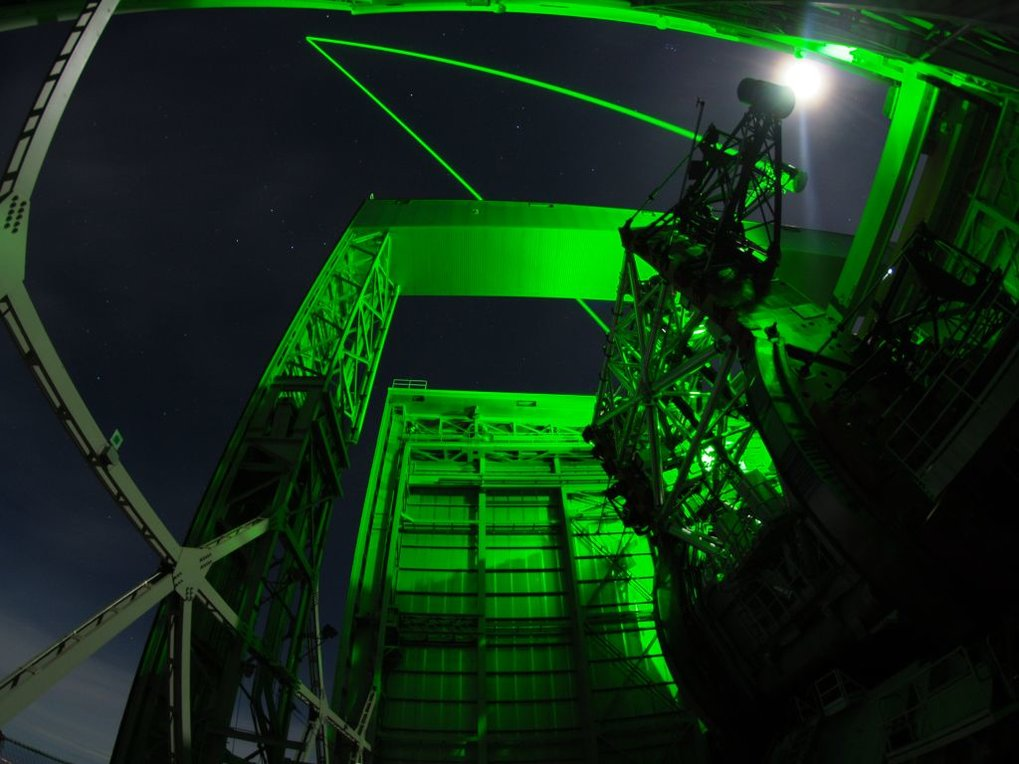 At the end of the December commissioning run we can proudly state that the binocular operation mode with Argos and both Luci's is in good shape. We tried out modes of simultaneous offset pointings of both eyes and as well a first test of commanding one side of the telescope independent offsets while the other side happily integrates on target.Despite being really proud of quite some achievements, we still will be working hard on the system, needing severe software work, but as well hardware upgrades, to make it finally a reliable observation machine.